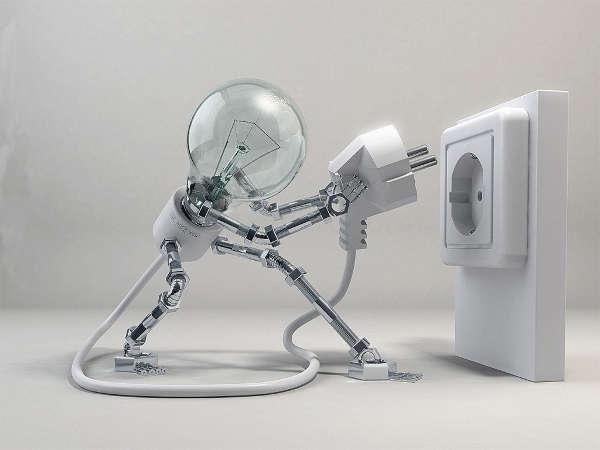 elettricista Casalotti a lavoro